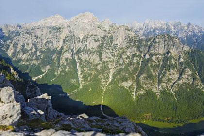 Gigapixel panorama - Triglav in dolina Krma iz Debele peči
