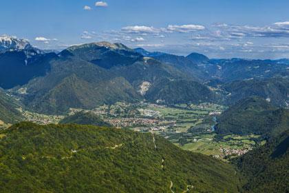 Visokoresolucijska panorama - Tolmin in Krn iz Kolovrata